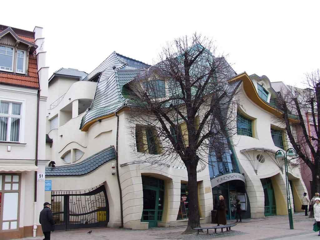 the-crooked-house-Krzywy-Domek-polanya-sopot-evdenhaberler (5)