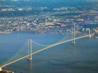 Dünyanın en uzun asma köprüsü nerede ?