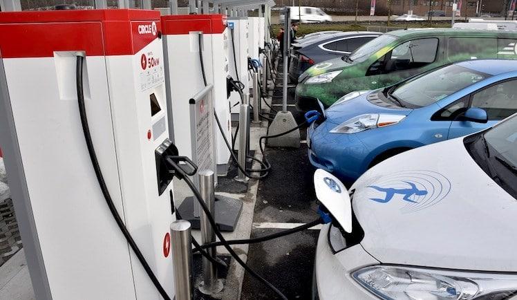 public charging facility every 3-kilometers in Delhi | Delhi EV Policy