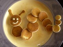 cute-pancake-inchworm-400x300