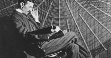 Vidéos didactiques: Fabienne t'explique … Des équations de Maxwell à la théorie de la gravitation d'après les travaux de Nicolas Tesla