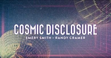 Randy Cramer et Emery Smith poursuivent la divulgation sur les extraterrestres (illustration à l'appui)