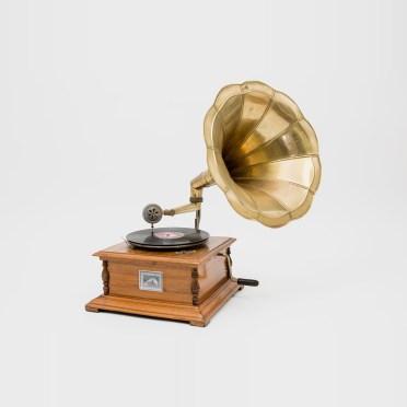 531e03a85909a-phonographe--1-1392400264