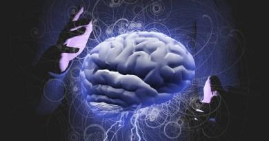 Le contrôle de l'esprit comparé àcontrôler votre esprit par vous-même