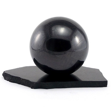 sphc3a8re-de-shungite-sur-socle-1