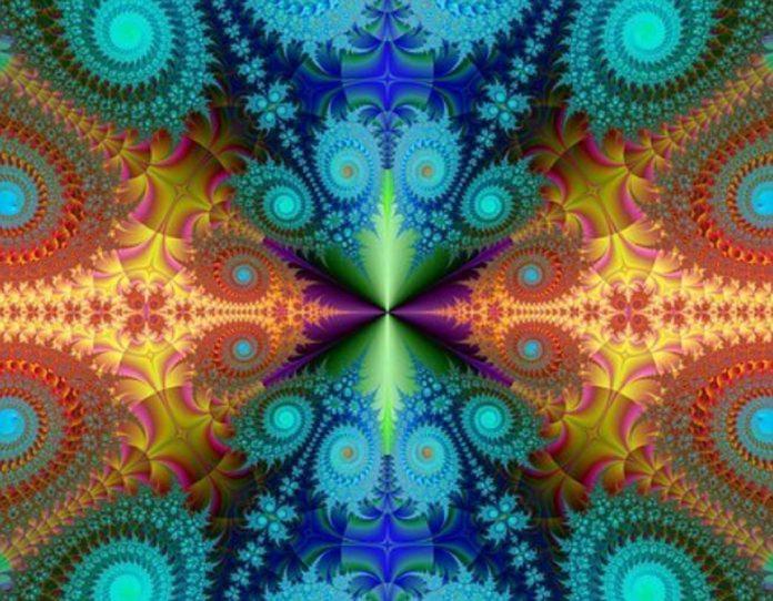 fractale-696x542-1