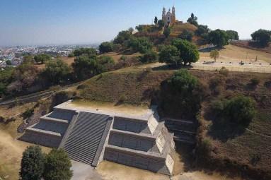 SAN PEDRO CHOLULA, Pue. 14 enero 2018.- Vista panorámica de la Pirámide de Cholula y la Iglesia de los Remedios ubicados en el Pueblo Mágico de Cholula, junto al Parque Soria. //Agencia Enfoque//