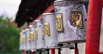 Le moulin à prière: grand outil du Bouddhisme tibétain