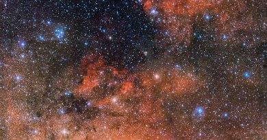 Les Étoiles de la Voie lactée maintenant Rose Doré via Galaxygirl