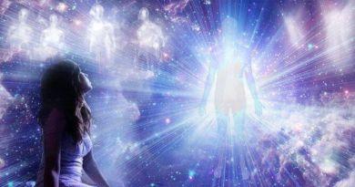 Les indigos : piste d'origine galactique (Sirius, Vénus, Agharta, Mars, Arcturius, Pléiades et Andromède)