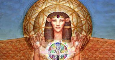 Musique d'activation «Porte des Lions» de l'étoile Sirius et de la déesse Isis par Transmission Sonore Egyptienne des Hathors