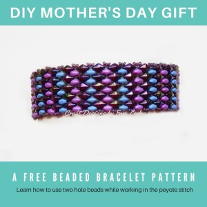 Free two-hole bead pattern--Peyote bracelet made using 2 types of two-hole DiamonDuo and Pinched SuperDuo. A great gift idea for DIYers.