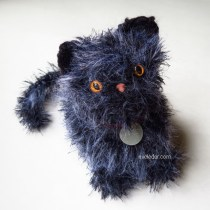 Amigurumi Crochet Kitten--Free crochet pattern for adorable furry kitten.