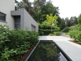 Tuinarchitect_geel_voorbeeld_speelse_tuin2