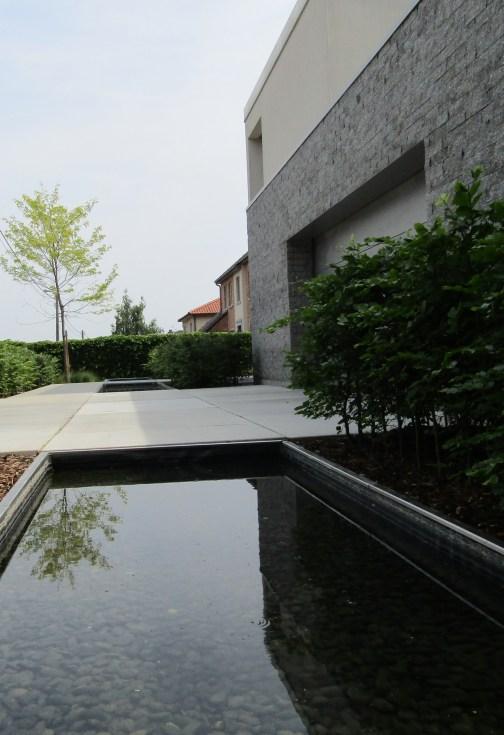 Tuinarchitect_geel_voorbeeld_water_in_de_tuin3