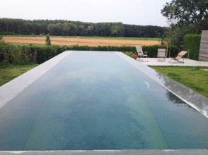 tuinarchitect_Geel_water_in_de_tuin