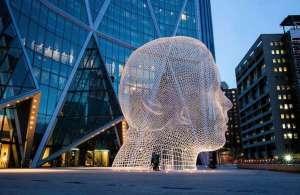 giant-head-sculpture