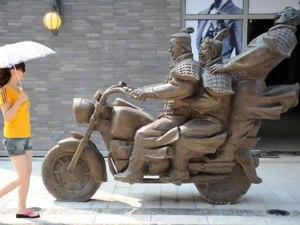 Terracotta-Warriors-on-motorcycle-1