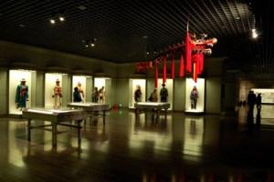 Shanghai-museum-ethnicities-CU