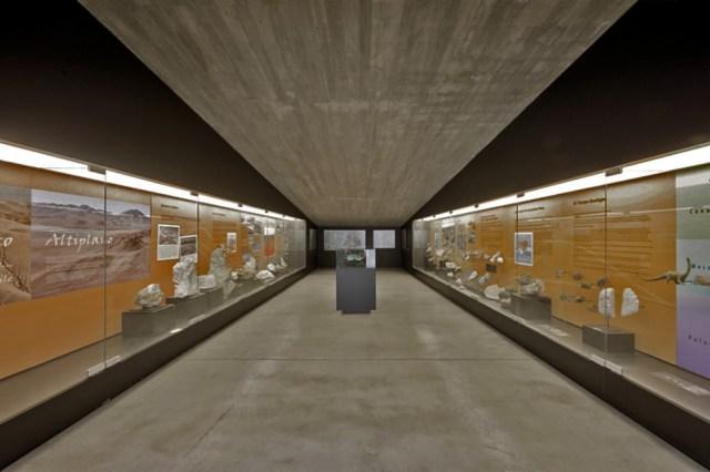 52151f22e8e44e4ee3000030_museo-del-desierto-de-atacama-monumento-ruinas-de-huanchaca-coz-polidura-y-volante-arquitectos_antofmu_098-1000x665