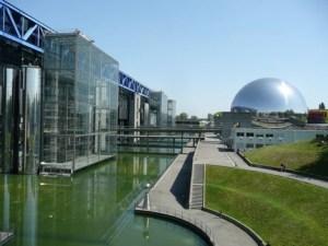 parc-de-la-villette-photo_1003425-770tall