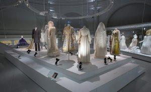 Wedding_Dresses_1775-2014_1