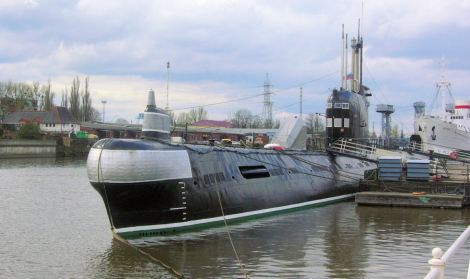 Submarine_B413_in_Kaliningrad1