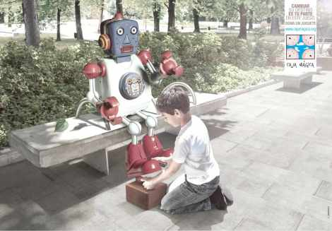 2_fundacion_caja_magica_robot_aotw