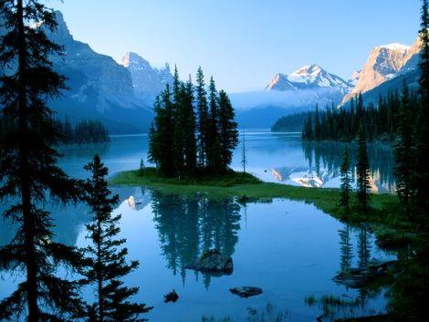 spirit-island-jasper-national-park_36744_600x450