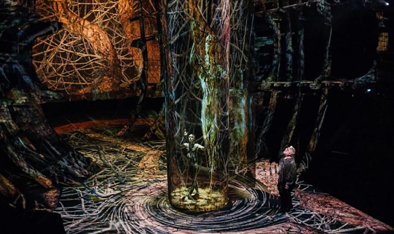 Representación Teatral y Experiencias en Museos