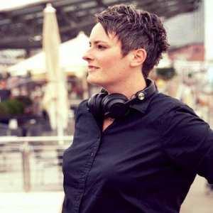 DJane Tilly - DJ buchen für Ihr Event in Lüneburg, Uelzen, Heidekreis & Umland.