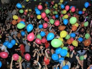 Drop it like it's…a balloon ;)