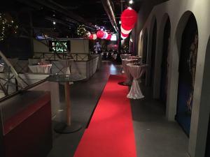 Eingangsbereich mit rotem Teppisch