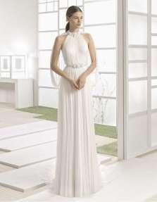 VESTIDO DE MUSELINA DE SEDA Y PEDRERÍA ROSA CLARÁ 2017 Elegante vestido que realza la figura femenina, con cuidados detalles en pedrería y cintura remarcada.