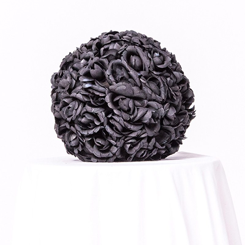 A Beautiful DEsigned Black Centerpiece