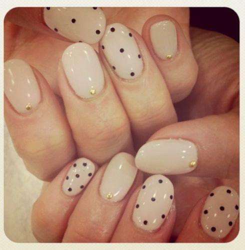 Bobby Pin Dots Nail Art Ideas