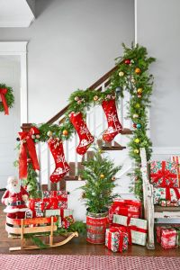 Warm And Inviting Christmas Living Room Decoration Ideas ...