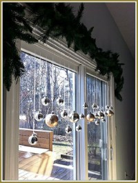 20 Stunning Window Decorations for Christmas - Festival ...