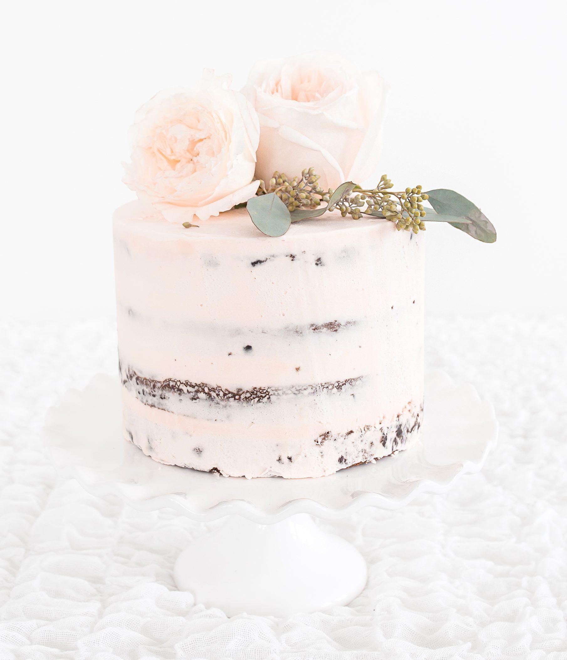 annapolis maryland intimate micro wedding, blush naked cake