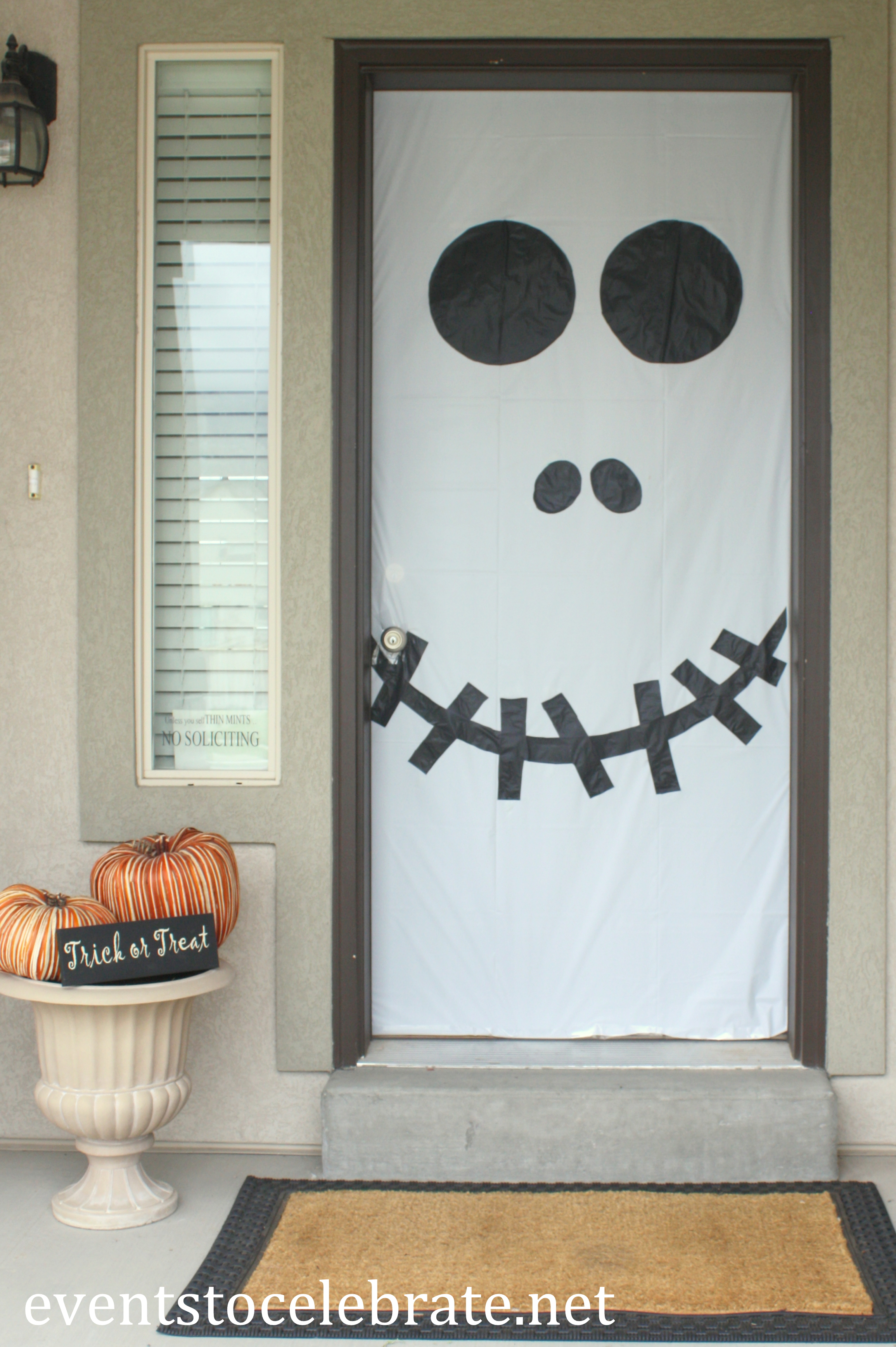 diy halloween decorations Archives