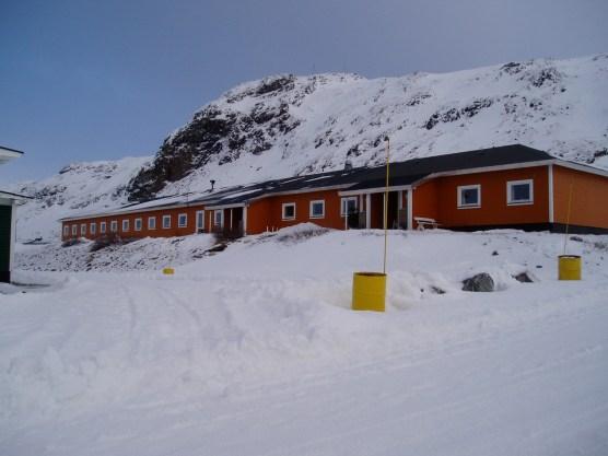 Vres hjem de sidste år v boede i Grønnedal med Brattenfjeldet i bagrunden