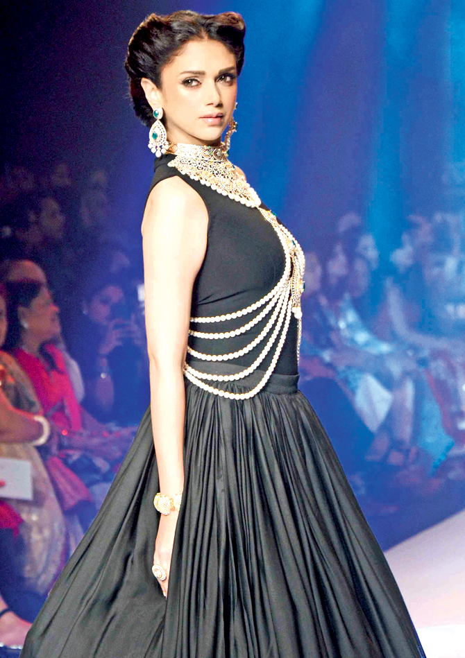 Bollywood Celebs for IIJW 2015