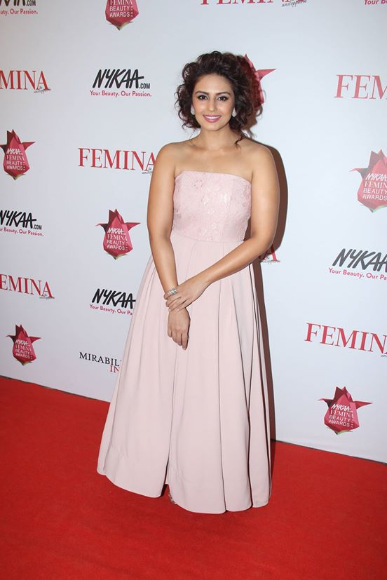 Huma Qureshi in Rose Quartz
