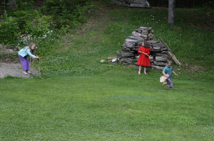 20150627_Family_Backyard_009_small