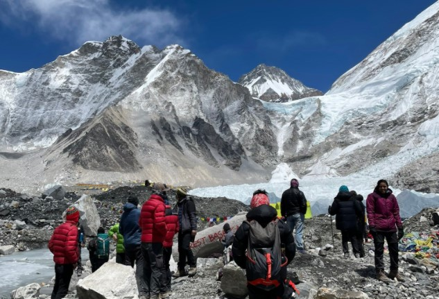 covid at everest