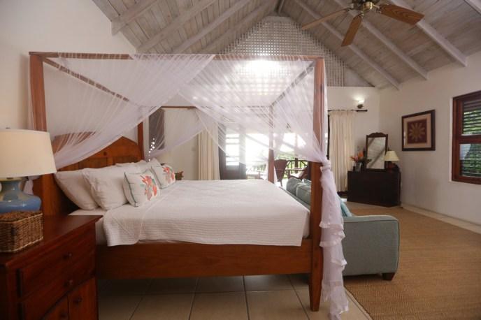 Chez Anista Master bedroom, Stonefield Estates Resort