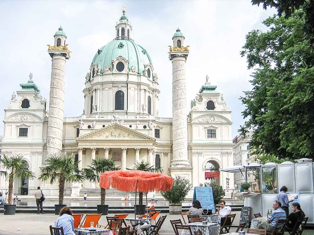 Outdoor cafe in Vienna, Austria
