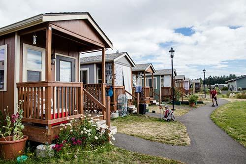 Building Homes From Tiny Houses Students Tour Quixote
