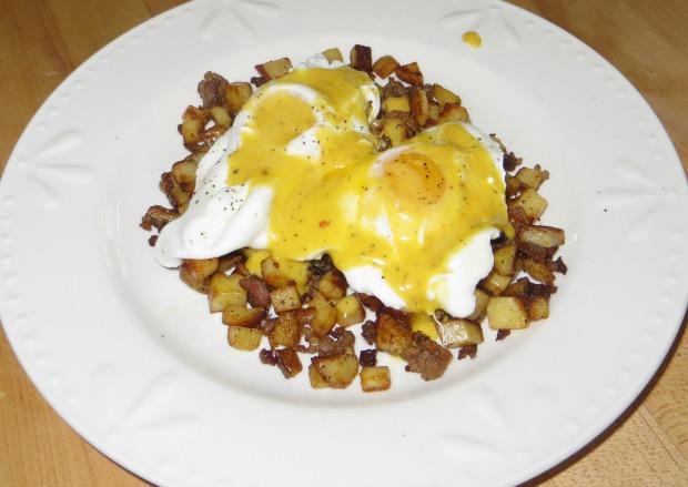 Poached eggs & Hollandaise sauce