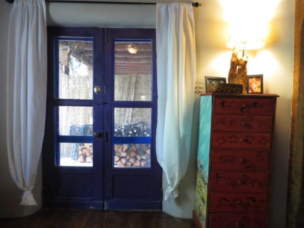 1821 Hacienda - Living Room ::: Ever Growing Farm